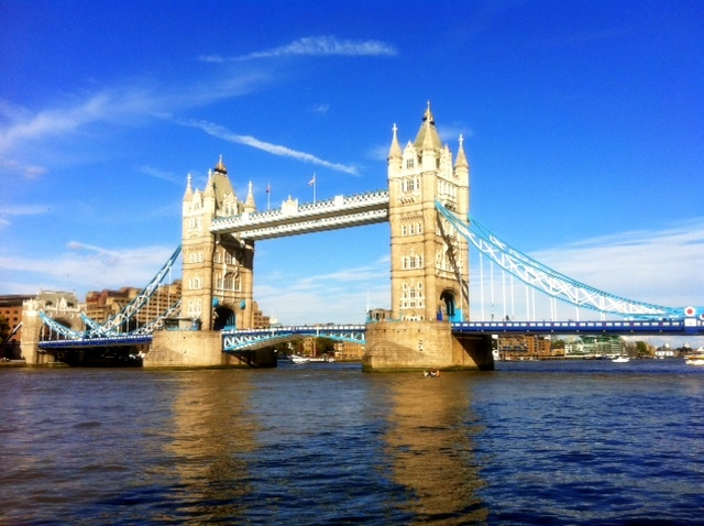 Tower Bridge b